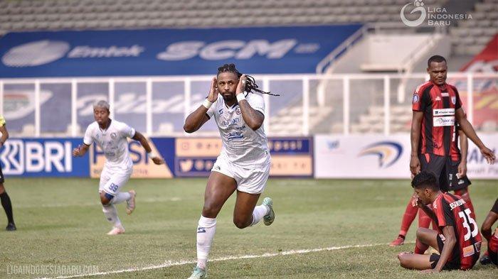 Arema FC Kandaskan Persipura Lewat Gol Carlos Fortes, Eduardo Almeida Puji Kerja Keras Para Pemain