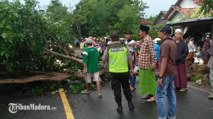 Peringatan Dini Cuaca di Sampang, WaspadaCuaca Ekstrem Terjadinya Hujan Deras Disertai Angin