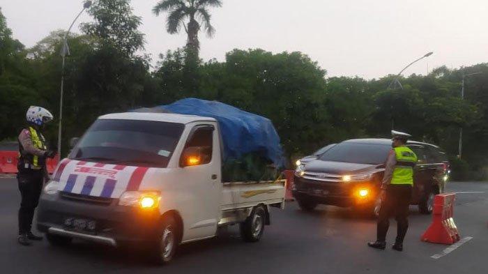 Hari Ketiga Lebaran, Belum Ada Kepadatan Arus Balik di Bundaran Waru Menuju Kota Surabaya