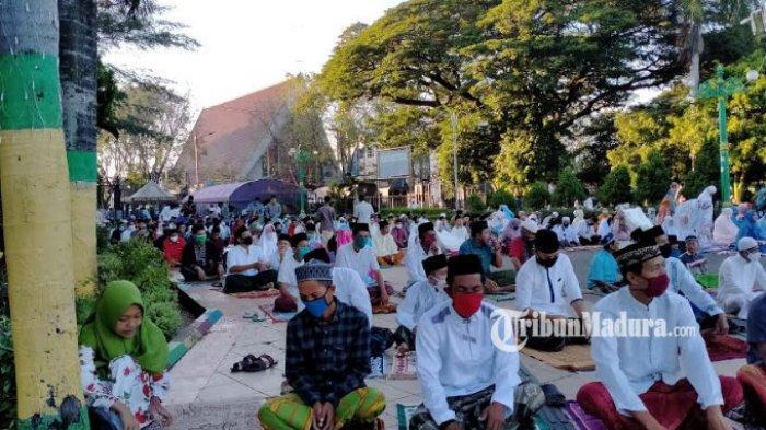 Masjid Agung Asy-Syuhada Tetap Gelar Salat Idul Fitri, Semua Jemaah Wajib Cuci Tangan & Pakai Masker
