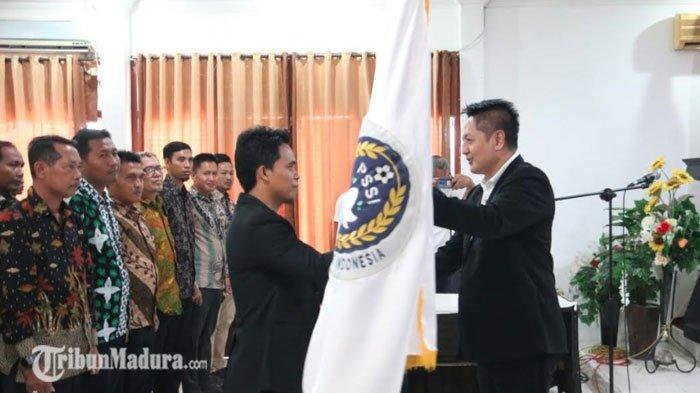 Pengurus Asosiasi Kabupaten PSSI Sampang Dilantik, Program Pembinaan Pemain Usia Dini Jadi Fokus