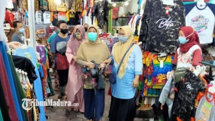 Pedagang dan Pengunjung Antusias dengan Pembukaan Wisata Makam Bung Karno, Berharap Ekonomi Pulih