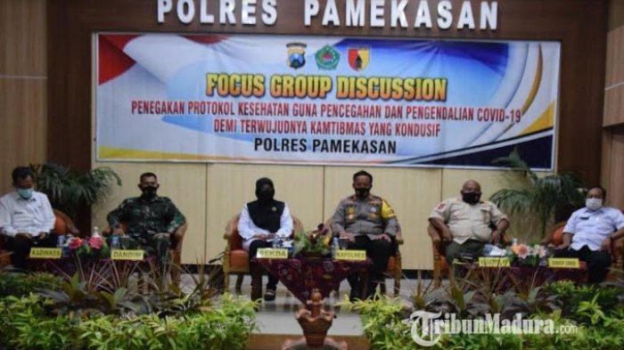 Suasana saat FGD digelar di Gedung Bhayangkara Polres Pamekasan, Madura, Jumat (2/10/2020).
