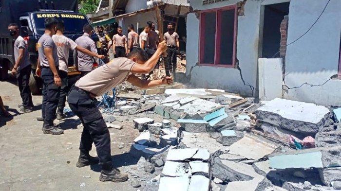 Dampak Gempa Malang, Rumah Warga di Lumajang Rusak dan Dirobohkan, Antisipasi Bahaya Gempa Susulan