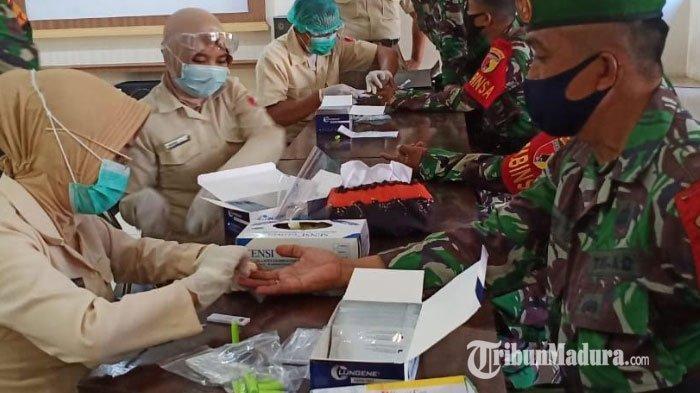 Ratusan Personel Kodim Pamekasan Rapid Test, Kasdim 0826 Mayor Inf Imam Ungkap Hasilnya Non-Reaktif