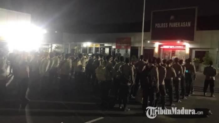 Pilkades Serentak di Bangkalan, 100 Personel Polres Pamekasan Diturunkan Bantu Pengamanan