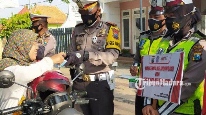 Razia Lantas Tertib Tangguh Semeru 2020, Polres Pamekasan Ajak Warga Disiplin Protokol Kesehatan