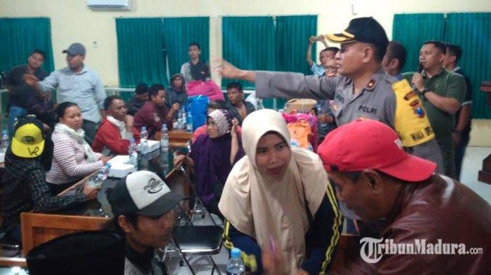 Hari ini Giliran 100 Warga Jawa Timur dari Jayapura Dibawa Pesawat Hercules Pulang ke Bandara Malang