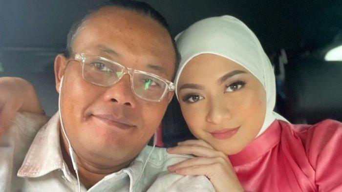 Di Tengah Kabar Nathalie Holscher Hamil, Denny Darko Ramal Kemungkinan sang Artis Kembali pada Sule