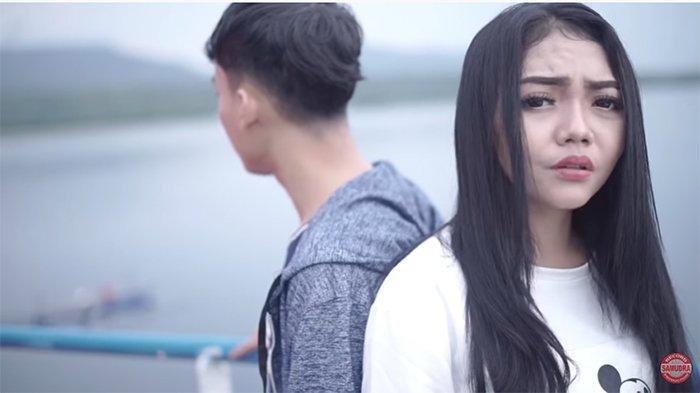 Download MP3 Welas Hang Ring Kene Syahiba Saufa, Versi Remix, Ada Lirik Tatu Iki Sun Pendem Ring Ati