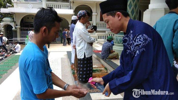 Masjid Agung Kota Malang Tetap Gelar Salat Idul Fitri 2020, Terapkan Protokol Kesehatan dan Terbatas