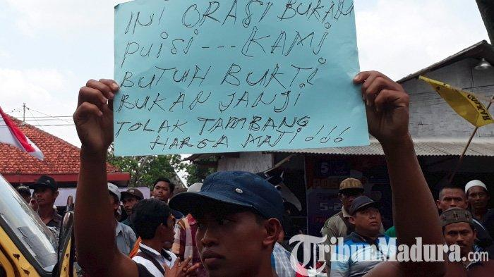 Tolak Izin Tambang Emas Blok Silo Jember, di Depan Bupati Faida Warga Ancam Blokade Jalur Jawa-Bali