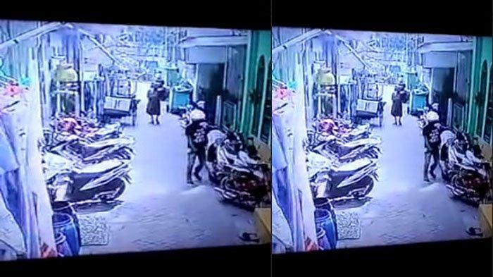 Gagal Curi Motor di Genteng Surabaya, Aksi 2 Bandit Terekam CCTV, Nyaris Kepergok Warga Setempat