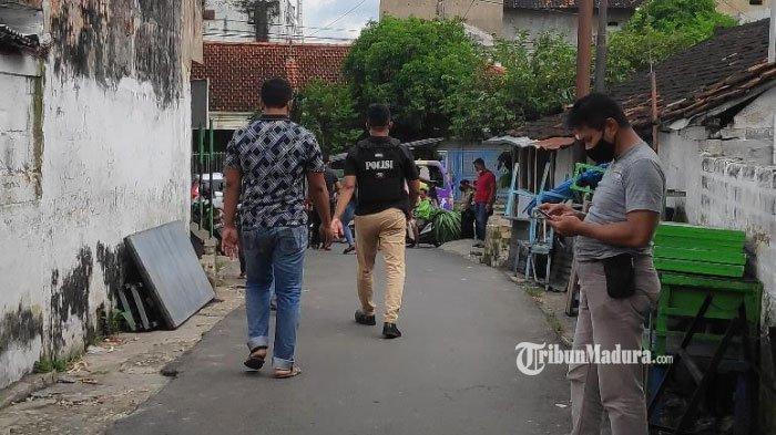 Penangkapan Terduga Teroris di Tuban, Istri Ungkap Tak Ada Hal Aneh dari Aktivitas Suaminya