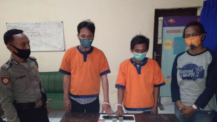 Tak Puas dengan Gaji Bulanan, Buruh Pabrik di Gresik Nyambi Jualan Ganja, Diciduk Polisi di Warkop