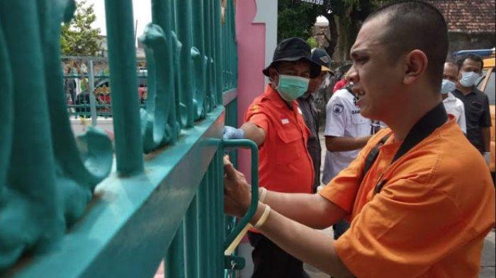 Rekonstruksi Pembunuhan Janda Kaya Tulungagung, Bekap Korban dengan Bantal dan Digulung Kasur Lipat