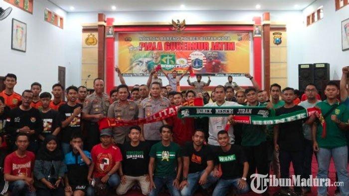 Bonek dan The Jakmania dalam Satu Ruangan Dukung Tim Kebanggaan pada Laga Final Piala Gubernur Jatim