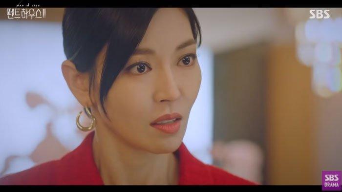 Sinopsis The Penthouse Season 2 Episode 4: Rahasia Besar Cheon Seo Jin di Tangan Joo Seok Kyung