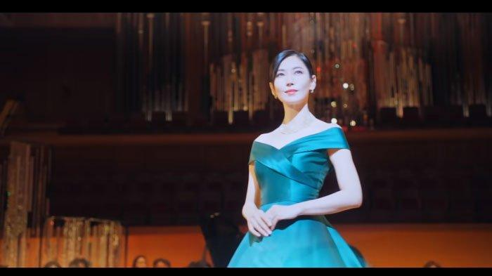 Link Download The Penthouse 2 Sub Indo Episode 1 - 2, Sosok Penyanyi di Balik Konser Cheon Seo Jin