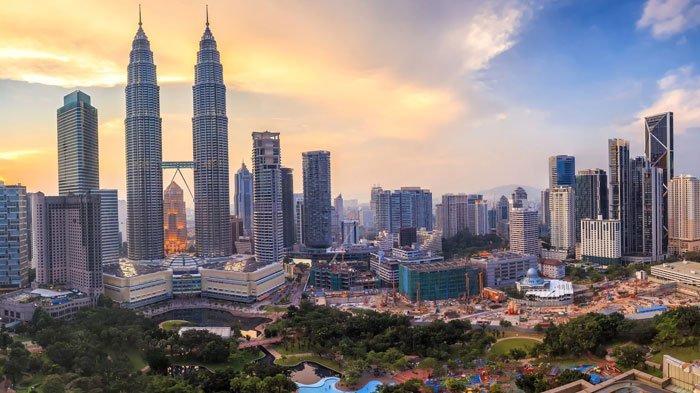 Promo Liburan ke Malaysia dari Banyuwangi, Cukup BayarRp 250 Ribu per Orang