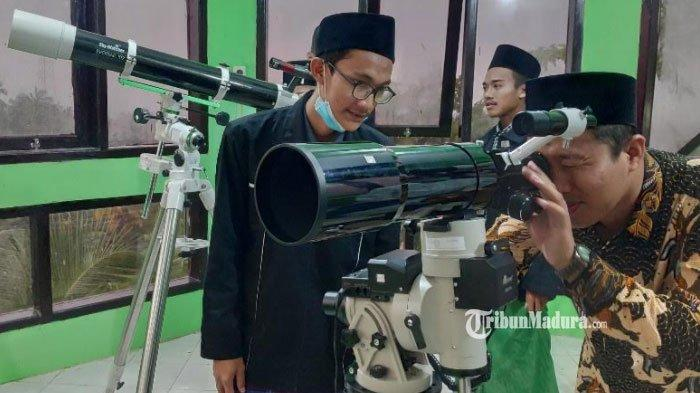 BREAKING NEWS - Hilal 1 Ramadan 2021 Terlihat di Tuban, Ada 3 Orang Bersaksi