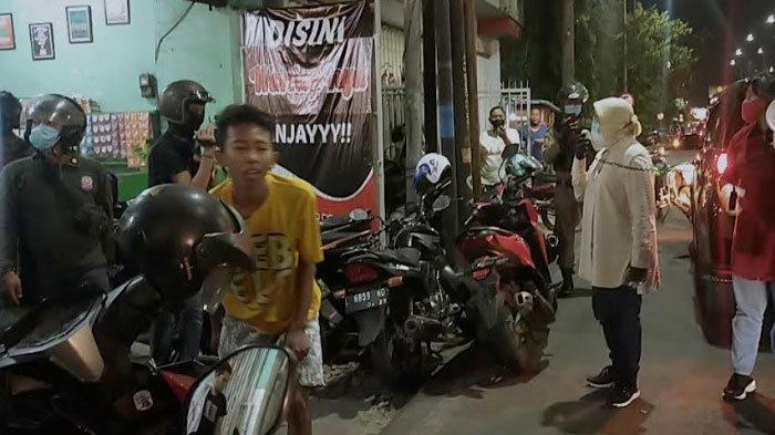 Wali Kota Risma Geram Lihat Ada Anak Muda Nekat Nongkrong di Warkop, 'Ayo Pulang Nak, Sudah Malam'