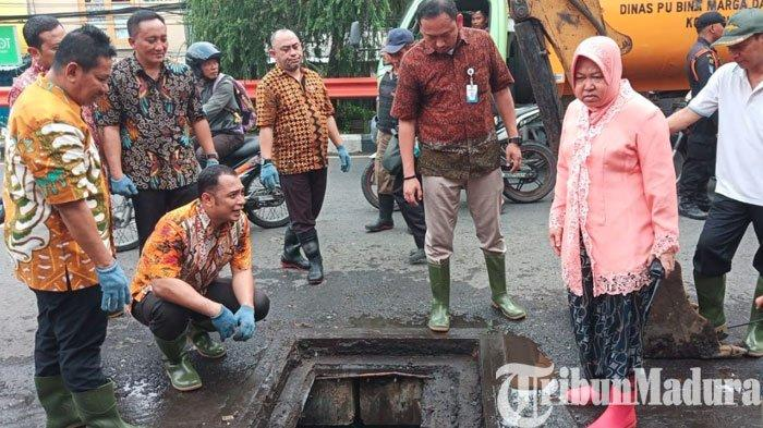 KabarTri Rismaharini Pingsan saat Pengecekan Banjirdi HR Muhammad DibantahHumas Pemkot Surabaya