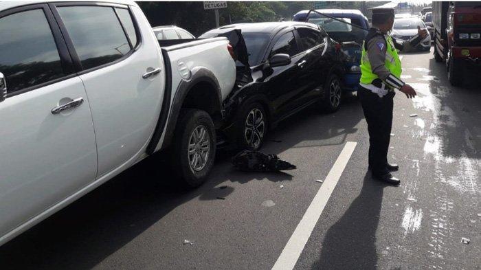 Tujuh Mobil Tabrakan Beruntun di Jalan Tol Gunung Sari Surabaya, Kondisinya Ringsek Semua