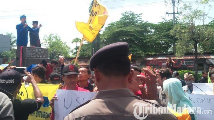 Peringati Hari Anti Korupsi, Aktivis PMII Serbu Kejari untuk Pertanyakan Kasus UP DPRD Situbondo