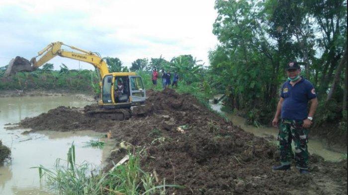 Diguyur Hujan Deras Selama Dua Hari, 3 Titik Tanggul di Lamongan Jebol