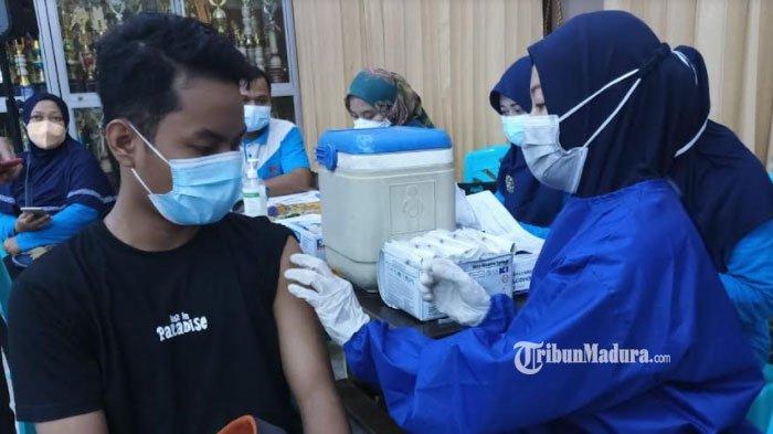 Vaksinasi Covid-19 di Sumenep Mulai Menyasar Pelajar, Banyak Siswa yang Tak Datang pada Hari Pertama