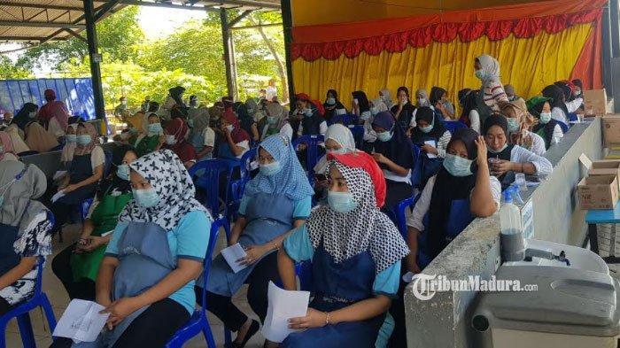 1.500 Karyawan PT Tanjung Odi Sumenep Divaksin Massal, Cegah Penyebaran Covid-19 di Lingkup Pekerja