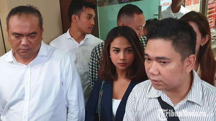 Vanessa Angel Mengeluh Makan Nasi Cadong, Polisi Sebut Tidak Ada Perlakuan Khusus untuk Tahanan