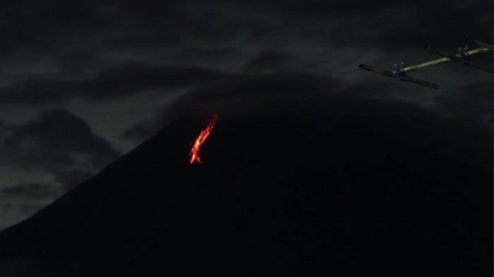 Gunung Semeru LuncurkanGugurkan Lava 4 Kali dalam 24 Jam, BPBD Lumajang Imbau Warga Sekitar