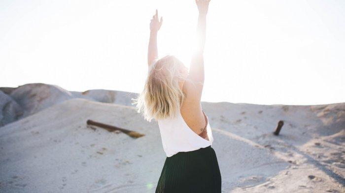 Vitamin D Menambah Daya Imun Tubuh, Ini Waktu yang Paling Baik Berjemur di Bawah Sinar Matahari Pagi