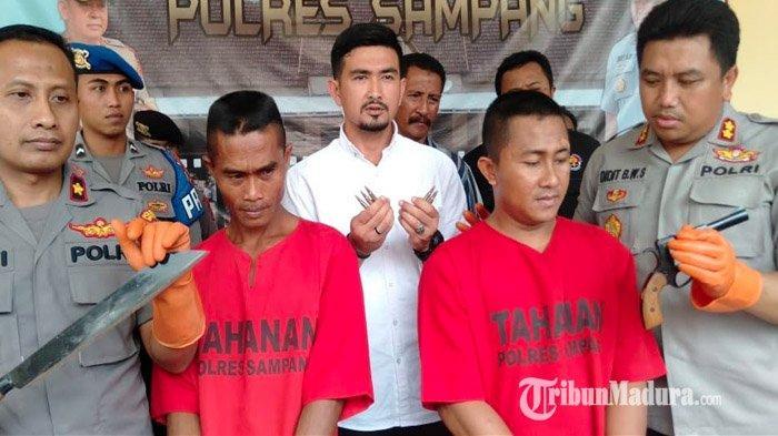 Bawa Senjata Api dan 6 Butir Amunisi Aktif di Balik Baju dan Jaket, 2 Pria Sampang Diciduk Polisi