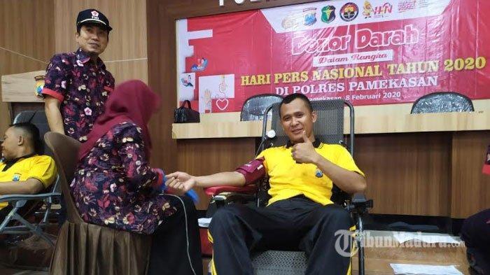 Peringati Hari Pers Nasional, Polres Pamekasan dan Forum Wartawan Pamekasan Gelar Donor Darah