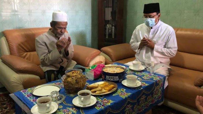 KH Nawawi Abdul Jalil Meninggal Dunia, Gus Ipul: Kami Kehilangan Guru, Ulama Karismatik Panutan Umat