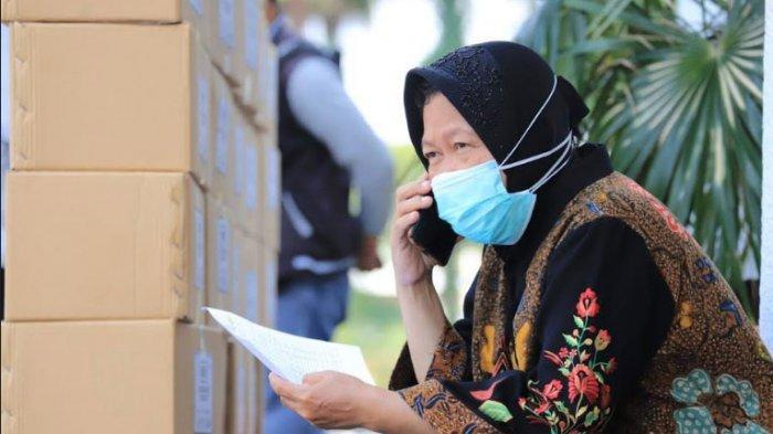 Cara Risma Bujuk Pasien Covid-19 di Surabaya Agar Mau Dirawat di RS, 'Kami Mendorong yang Lain'