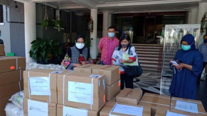 Risma Terima Bantuan dari Sahabat Megawati, 30 Ventilator untuk Pasien Covid-19 di Surabaya