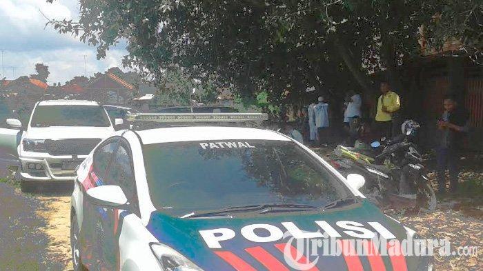 Tunggu Prabowo Subianto Datang ke Pamekasan, Ribuan Warga dan Siswa Berjubel di Lapangan Sepakbola