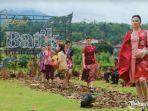 acara-gebyar-batik-pamekasan-2020-melalui-fashion-show.jpg
