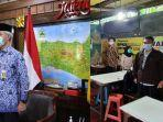 ajakan-gubernur-jawa-tengah-ganjar-pranowo-nyanyikan-lagu-indonesia-raya-di-harkitnas.jpg