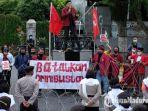 aksi-demo-ikatan-mahasiswa-muhammadiyah-malang-raya-menolak-omnibus-law.jpg