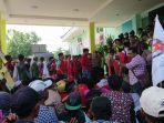 aksi-massa-di-depan-kantor-dinas-kesehatan-bangkalan.jpg