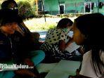 anak-anak-terdampak-gempa-bumi-di-tenda-pengungsian-desa-majang-tengah-dampit-kabupaten-malang.jpg