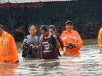 banjir-setinggi-15-meter.jpg