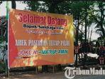 banner-menyambut-kedatangan-sandiaga-uno-di-pasuruan-tapi-tetap-mendukung-jokowi.jpg