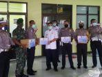 bantuan-apd-kepada-petugas-medis-penanggulangan-covid19.jpg