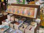 beberapa-buku-buku-keluaran-gramedia-yang-sedang-diskon-49-persen-di-outlet-gramedia-cws-mall.jpg